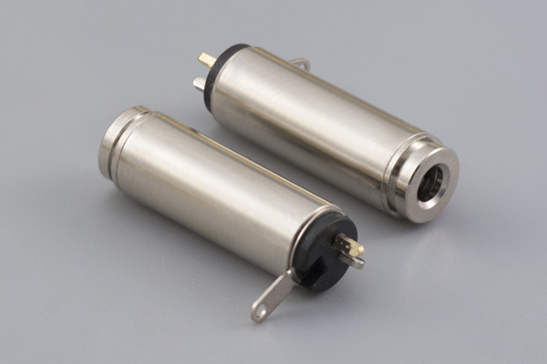 Connector, stereo jack, 2.5xL20.6 mm, brass, nickel plated, molding style